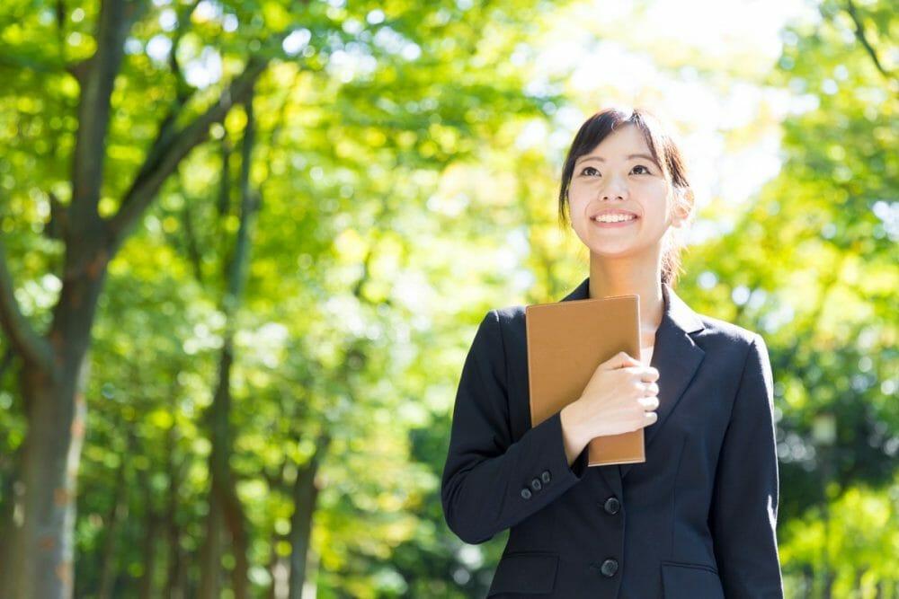 ウェブ解析士が就職で効率的な資格である4つの理由のアイキャッチ画像