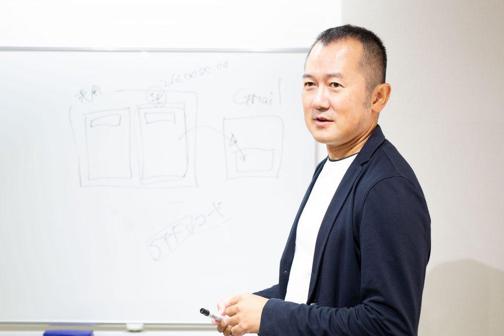 講座中の吉田さん